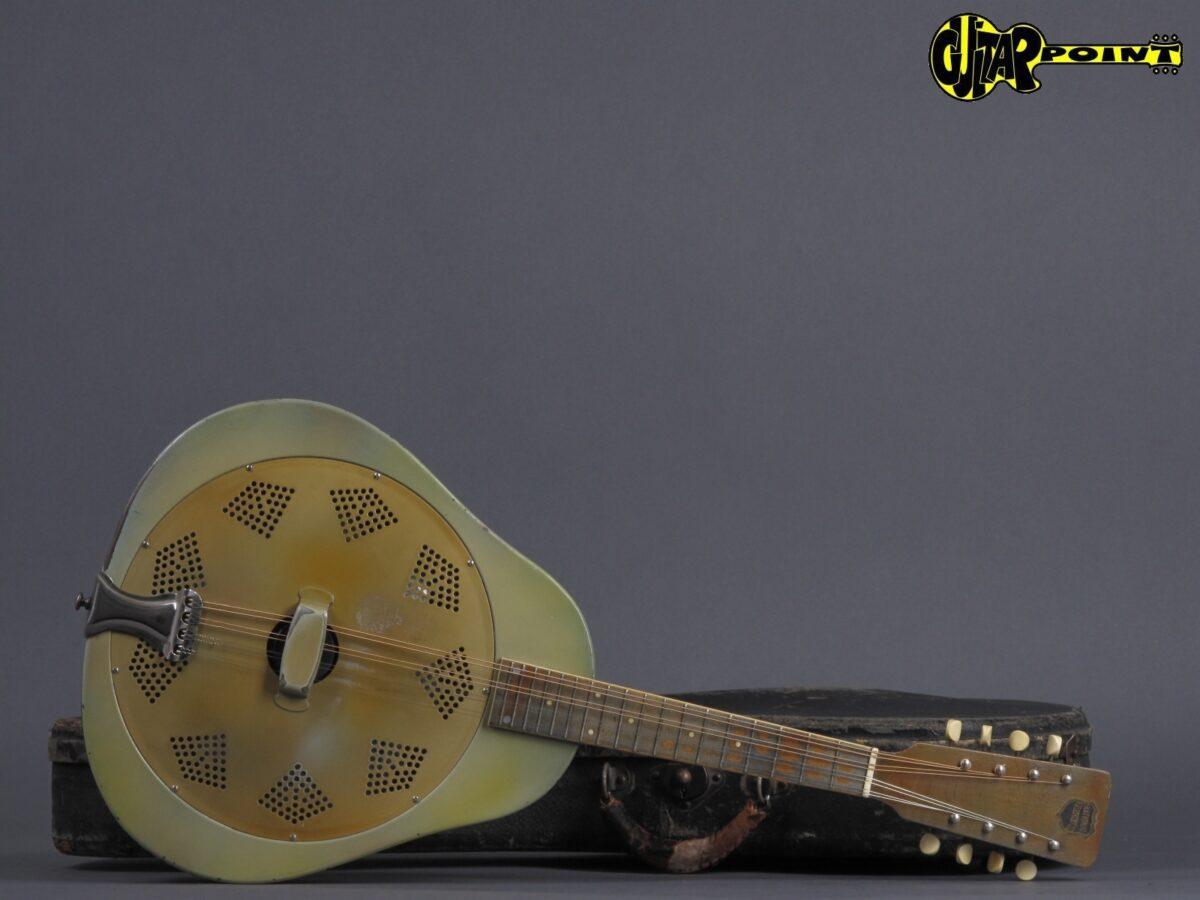 https://guitarpoint.de/app/uploads/products/1930-national-triolian-resonator-mandolin/National30TrioMando386_20-1200x900.jpg