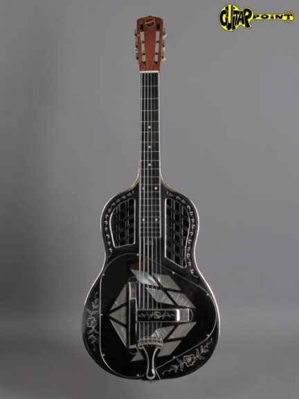 https://guitarpoint.de/app/uploads/products/1932-national-tricone-style-2-resonator-guitar/National32TriStyle2Sq_2094_1-432x576.jpg