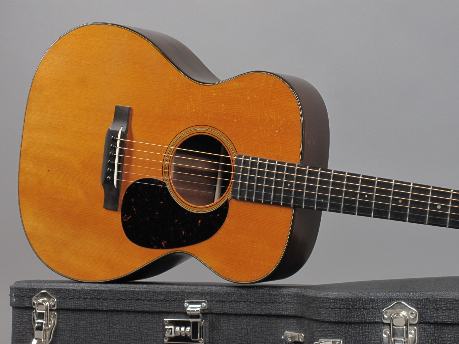 https://guitarpoint.de/app/uploads/products/1934-martin-000-18-natural/1934-Martin-000-18-Natural-57556_19.jpg