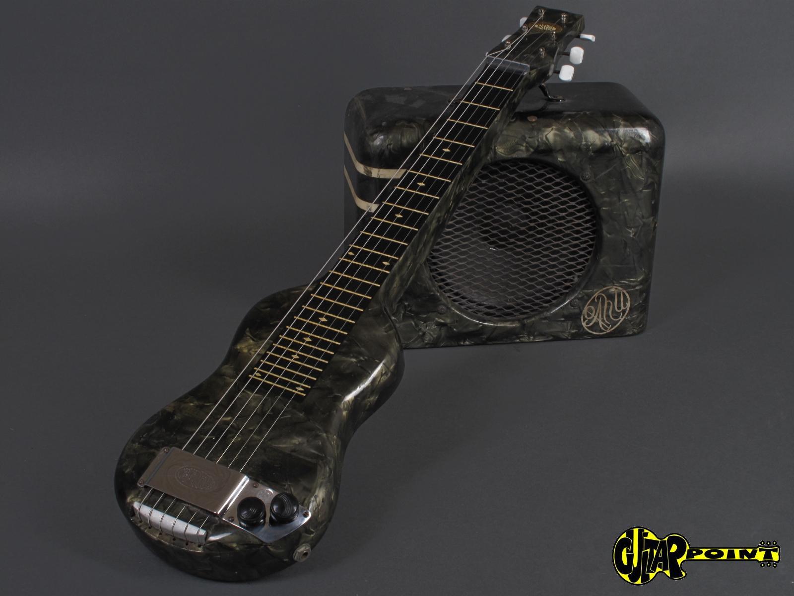 https://guitarpoint.de/app/uploads/products/1940-oahu-lap-steel-tube-amp/Oahu40LapAmpSet_9.jpg