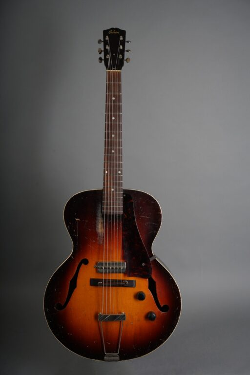 https://guitarpoint.de/app/uploads/products/1941-gibson-es-150/1941-Gibson-S-150-Sunburst-7380H-1-scaled-512x768.jpg