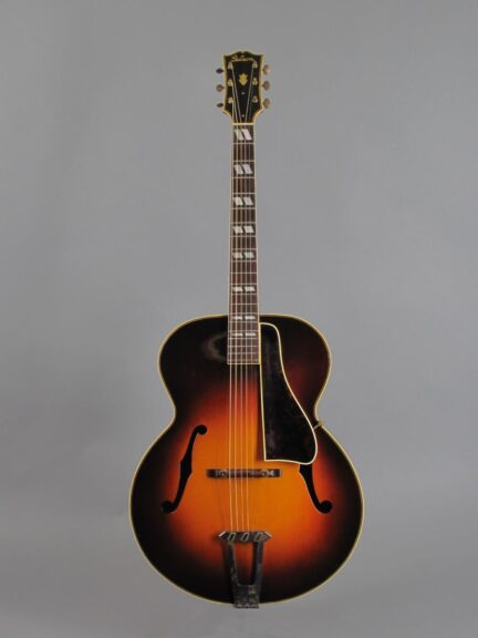https://guitarpoint.de/app/uploads/products/1941-gibson-l-12-sunburst/1943-Gibson-L12-Sunburst-97245_1-432x576.jpg
