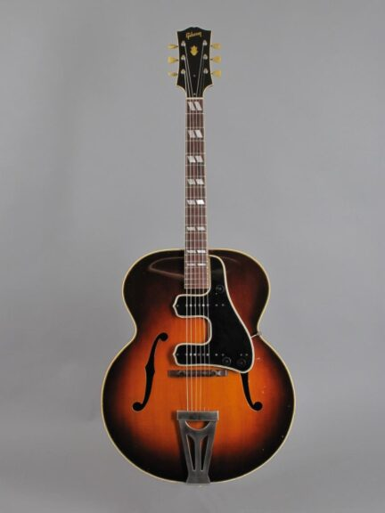 https://guitarpoint.de/app/uploads/products/1948-gibson-super-300-sunburst-w-original-mccarty-unit/1948-Gibson-ES-300-Sunburst-A2174_1-432x576.jpg