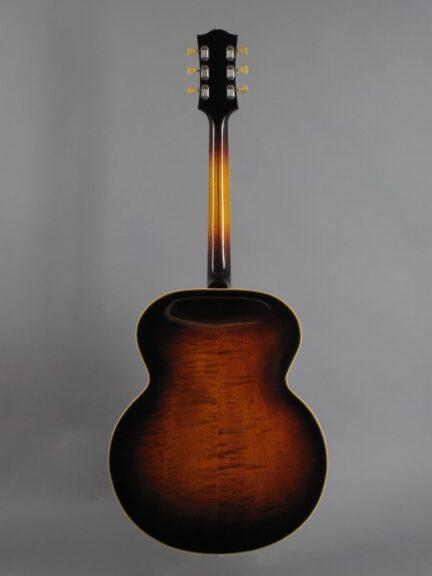 https://guitarpoint.de/app/uploads/products/1948-gibson-super-300-sunburst-w-original-mccarty-unit/1948-Gibson-ES-300-Sunburst-A2174_3-432x576.jpg