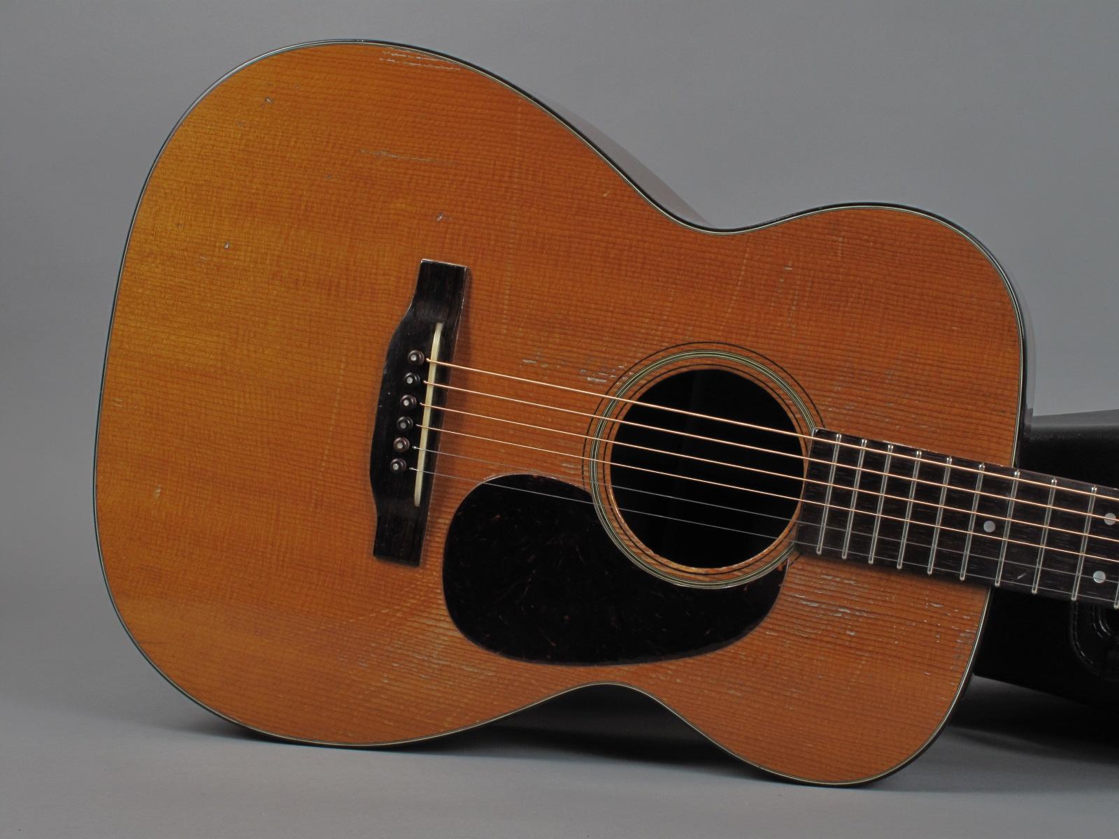 https://guitarpoint.de/app/uploads/products/1949-martin-00-18-natural/1949-Martin-0018-112754_10.jpg