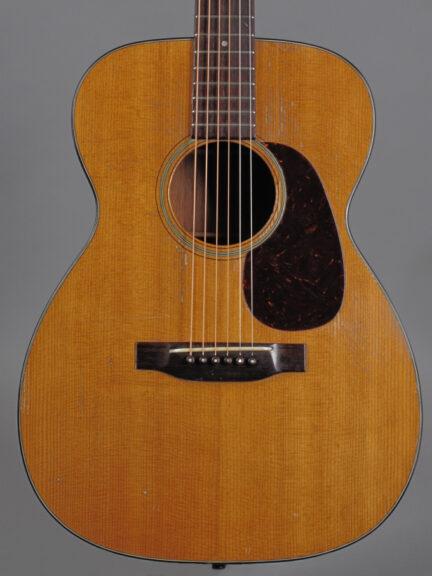 https://guitarpoint.de/app/uploads/products/1949-martin-00-18-natural/1949-Martin-0018-112754_2-432x576.jpg