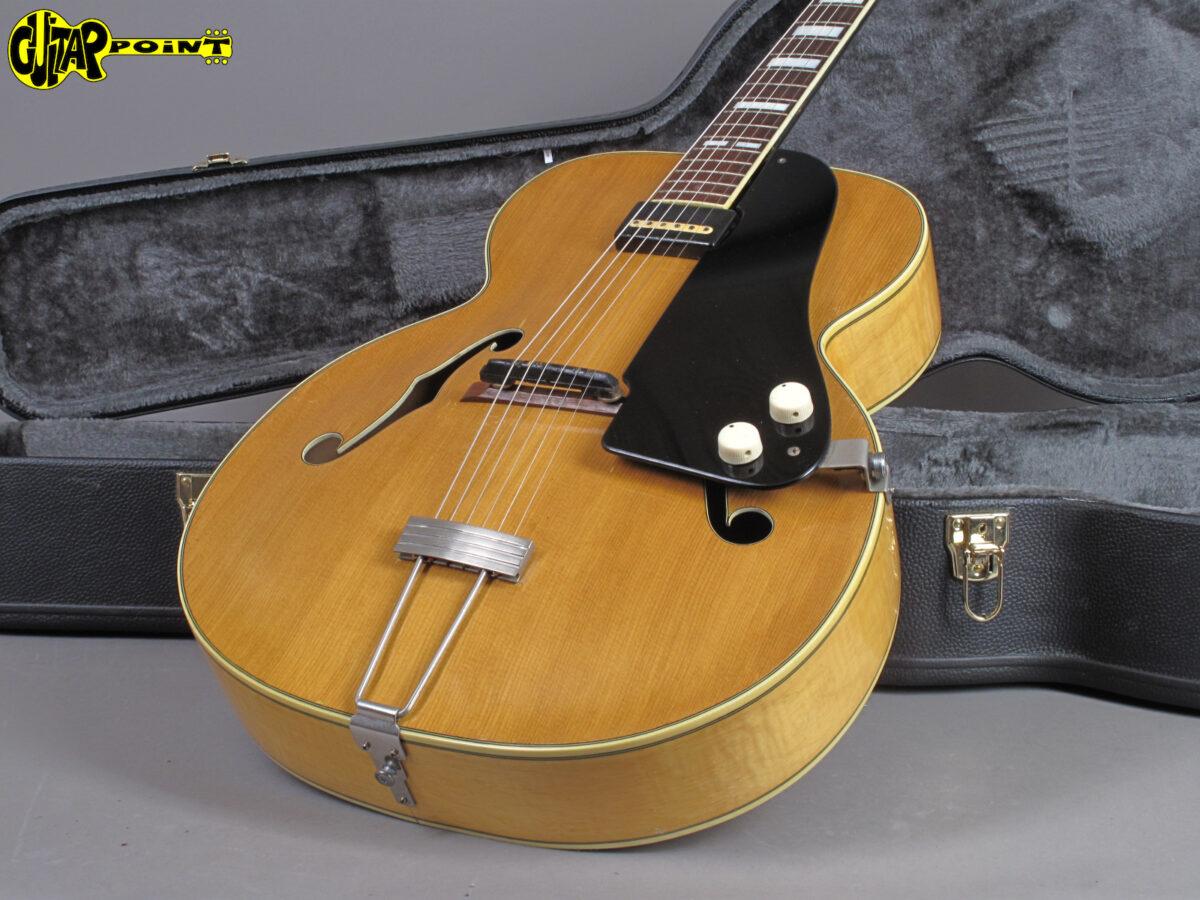 https://guitarpoint.de/app/uploads/products/1953-national-1100-california-blond/National531100CaliX22553_17-1200x900.jpg