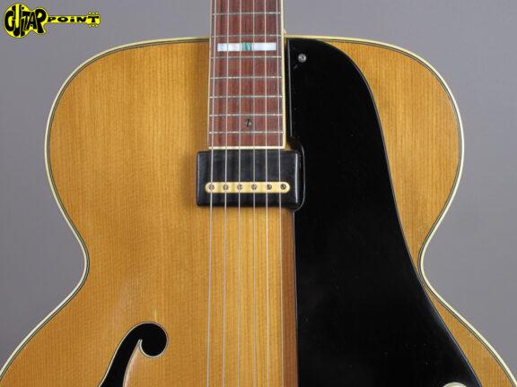 https://guitarpoint.de/app/uploads/products/1953-national-1100-california-blond/National531100CaliX22553_3-576x432.jpg