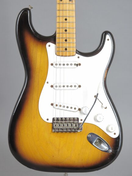1954 Fender Stratocaster - Sunburst