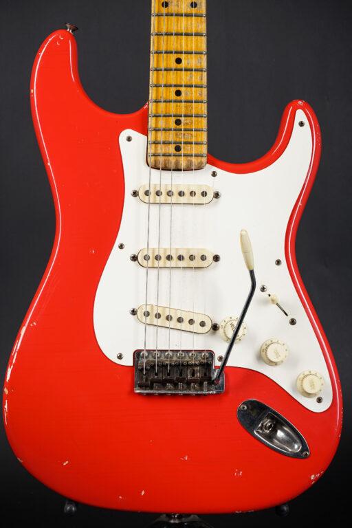 1957 Fender Stratocaster - Fiesta Red (Refin) ...3,14Kg