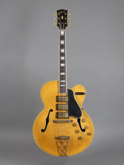 https://guitarpoint.de/app/uploads/products/1957-gibson-es-5-switchmaster-natural/1957-Gibson-ES-5-Switchmaster-Natural-A26796_1-432x576.jpg