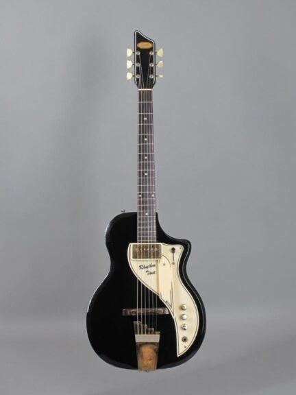 https://guitarpoint.de/app/uploads/products/1958-supro-rhythm-tone-black/1958-Supro-Rhythm-Tone-Black-X87112_1-432x576.jpg