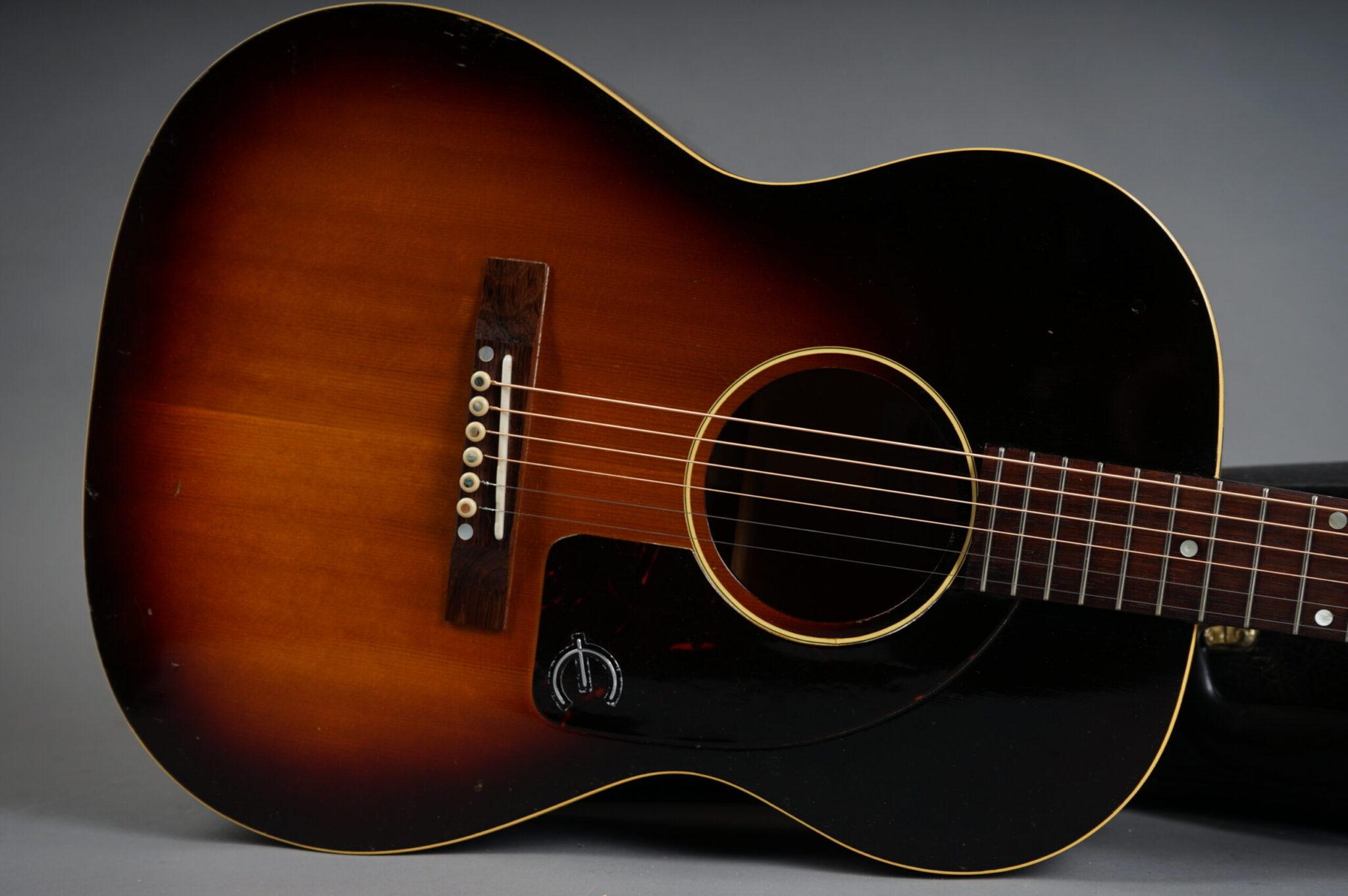 https://guitarpoint.de/app/uploads/products/1959-epiphone-cortez-ft45-sunburst/1959-Epiphone-FT45-Cortez-Sunburst-A1376-9-scaled-2048x1362.jpg
