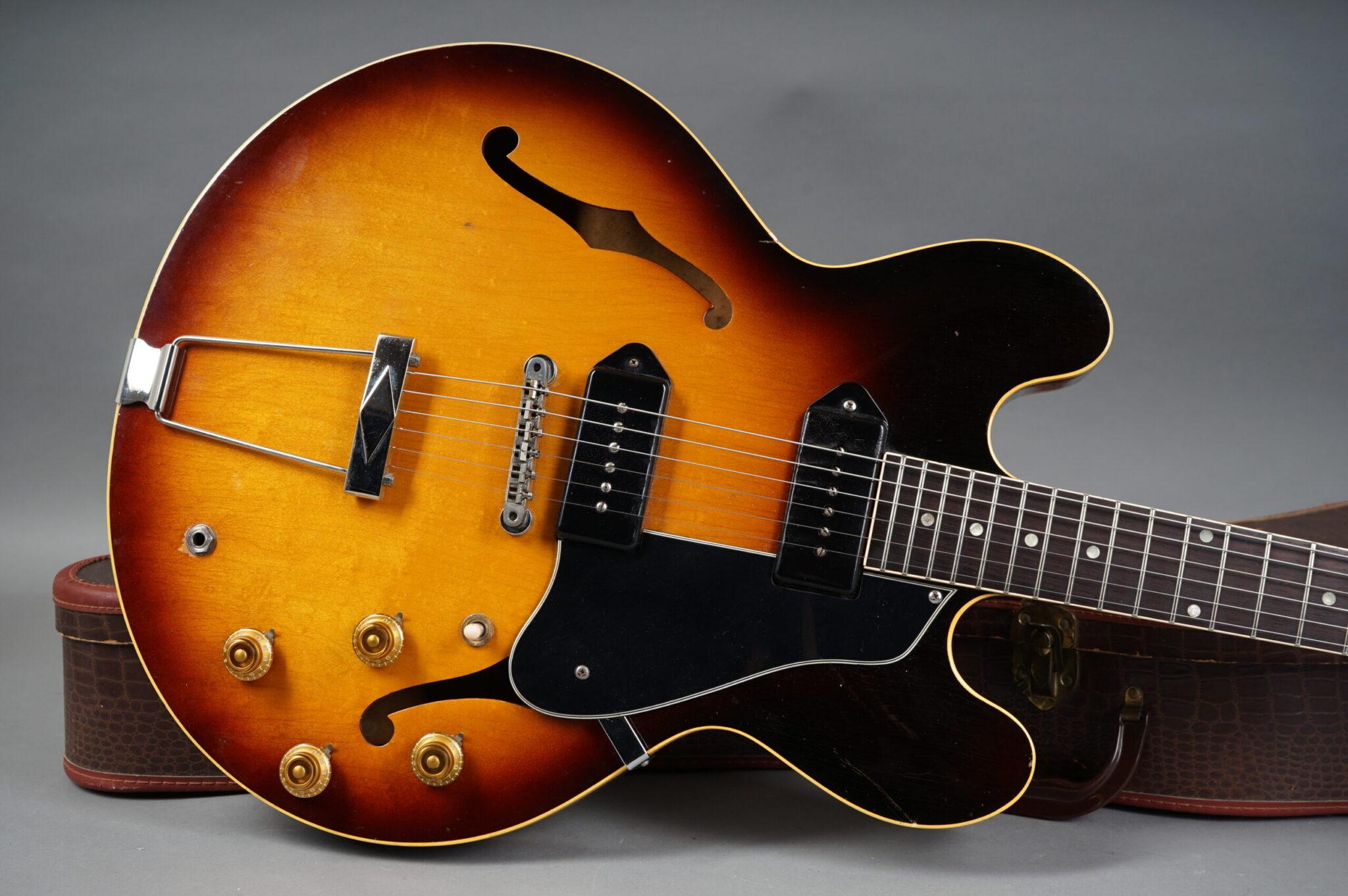 https://guitarpoint.de/app/uploads/products/1960-gibson-es-330-td-sunburst-2/1960-Gibson-ES330--scaled-2048x1362.jpg