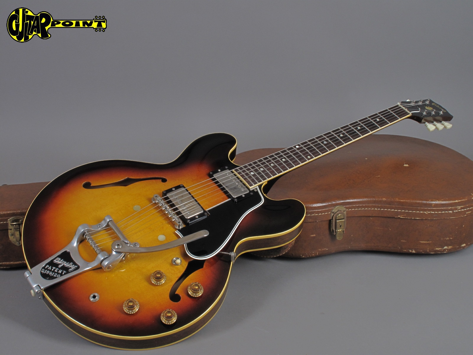 https://guitarpoint.de/app/uploads/products/1960-gibson-es-335-td-sunburst-exceptional-clean-2/Gibson60ES335SBA33507_161.jpg