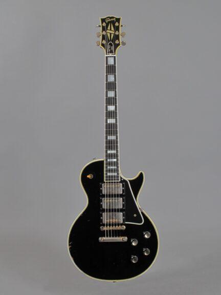 https://guitarpoint.de/app/uploads/products/1960-gibson-les-paul-custom-ebony/1960-Gibson-Les-Paul-Custom-Ebony-06944_1-432x576.jpg