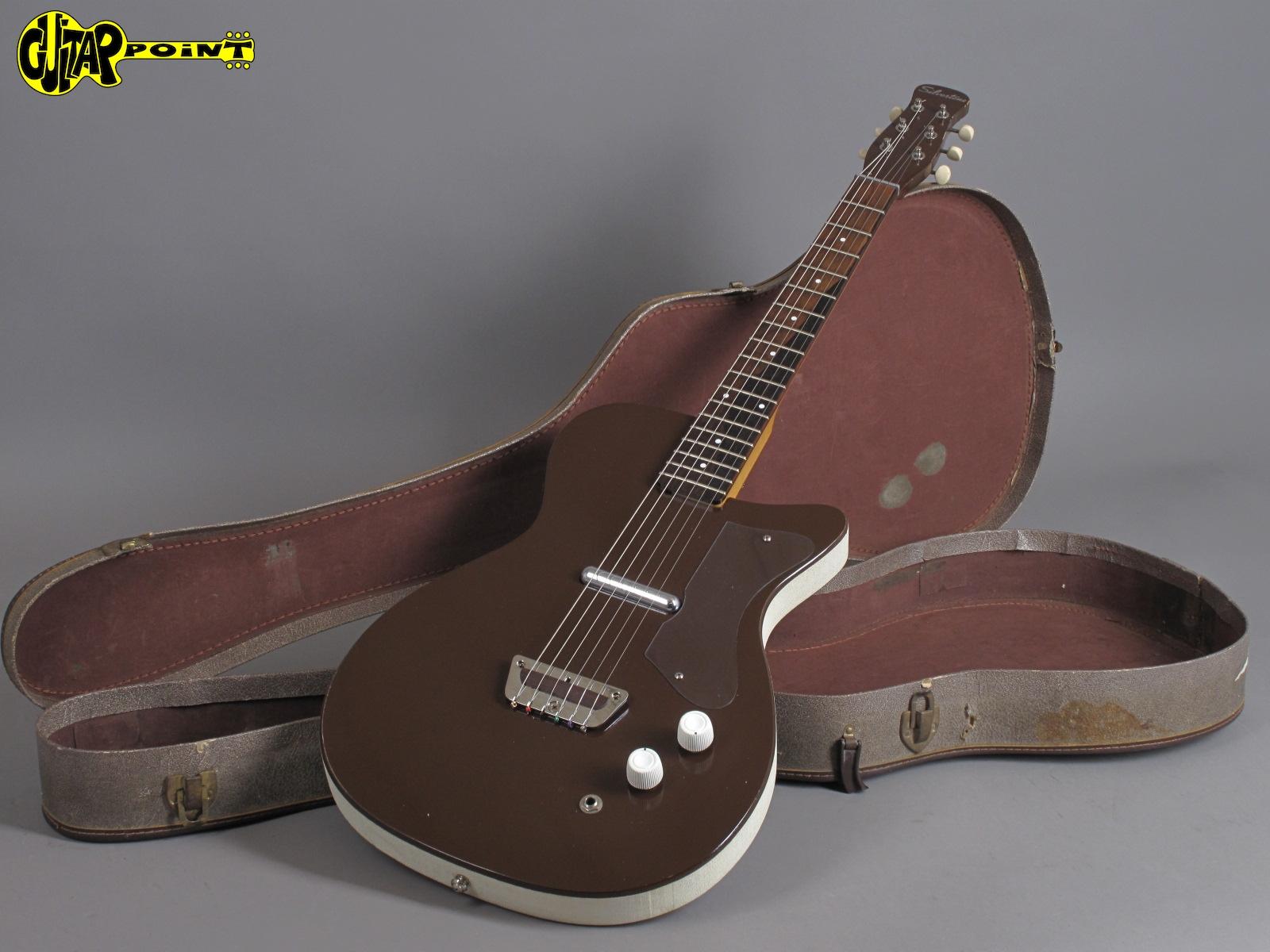 https://guitarpoint.de/app/uploads/products/1960-silvertone-u1-model-1415-maroon/Silvertone60U1Brown2100_16.jpg