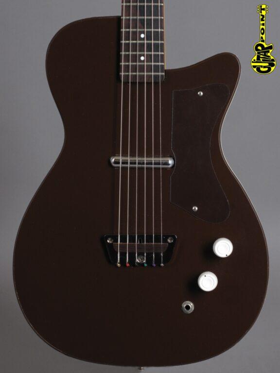1960 Silvertone U1 model 1415 - Maroon