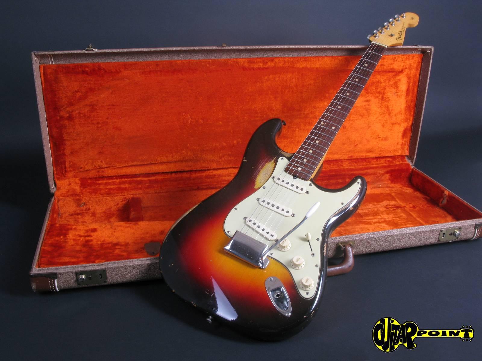 https://guitarpoint.de/app/uploads/products/1961-fender-stratocaster-3-tone-sunburst-3/Fender61StratSB_67053_10.jpg