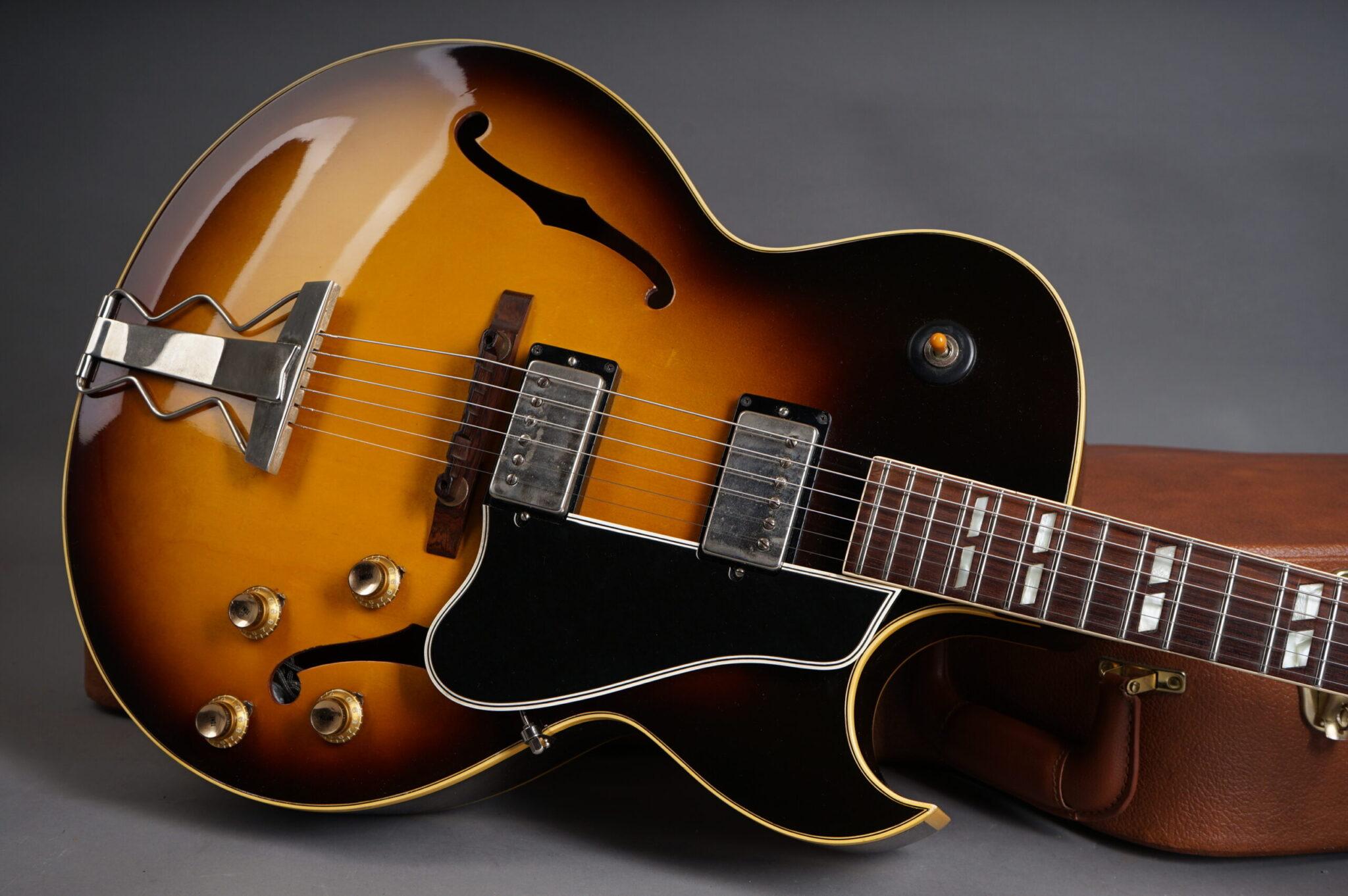 https://guitarpoint.de/app/uploads/products/1961-gibson-es-175d-sunburst/1961-Gibson-ES-175D-37636-8-scaled-2048x1362.jpg