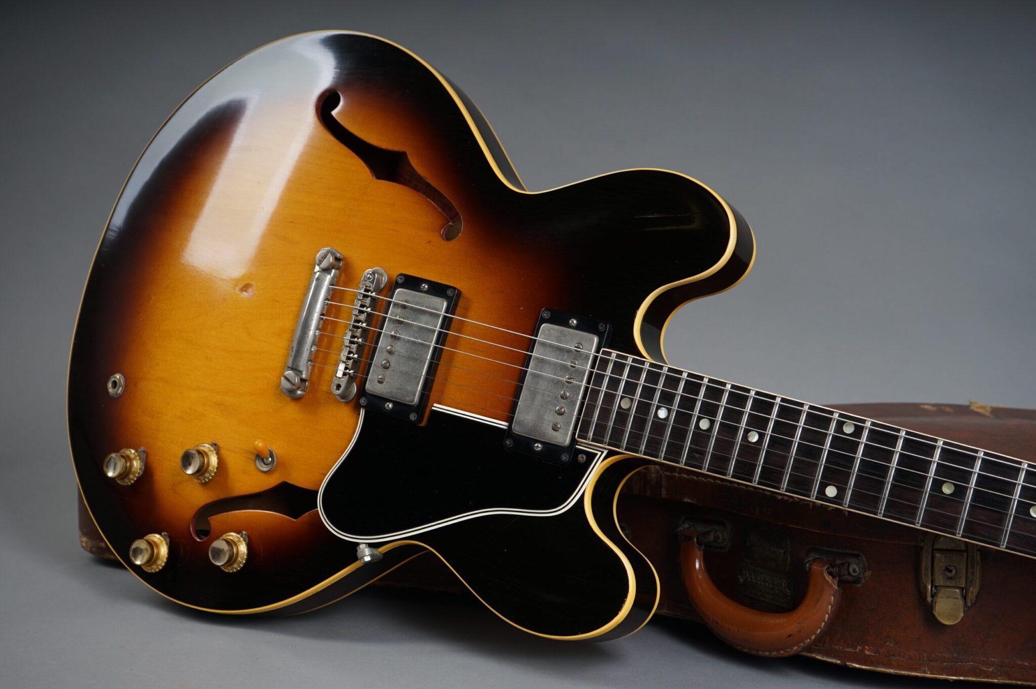 https://guitarpoint.de/app/uploads/products/1961-gibson-es-335-td-sunburst-2/1961-Gibson-ES-335-TD-Sunburst-26162-19-scaled-2048x1362.jpg