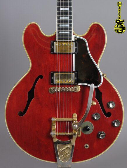 https://guitarpoint.de/app/uploads/products/1961-gibson-es-355-tdsv-cherry-2x-paf/Gibson61ES355TDCH18519_2-435x576.jpg