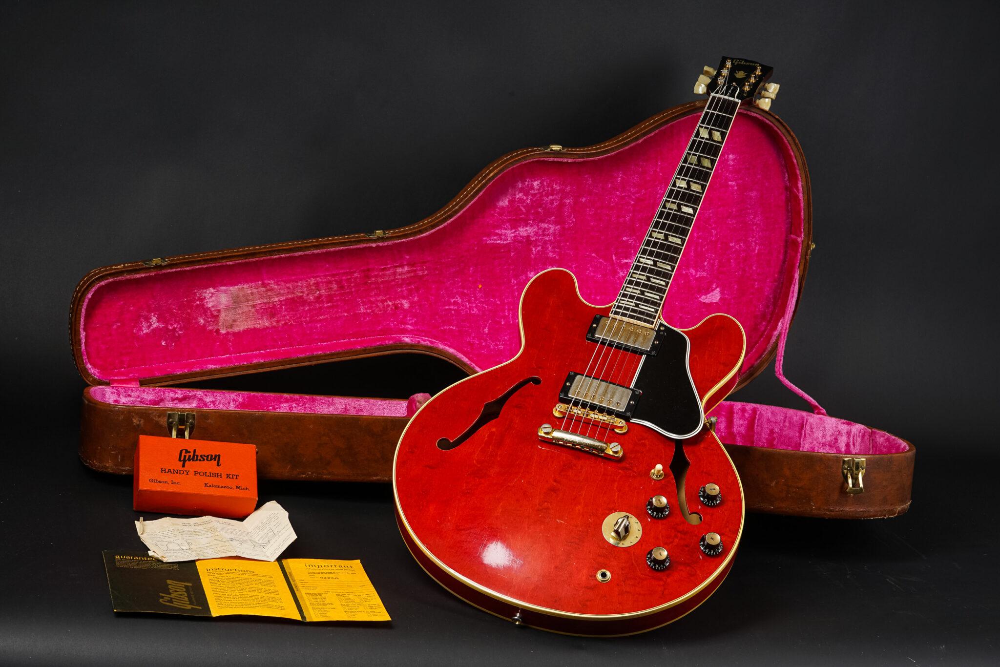 https://guitarpoint.de/app/uploads/products/1962-gibson-es-345tdc-stereo-cherry-exc/1962-Gibson-ES-345TD-46820-12-2048x1366.jpg