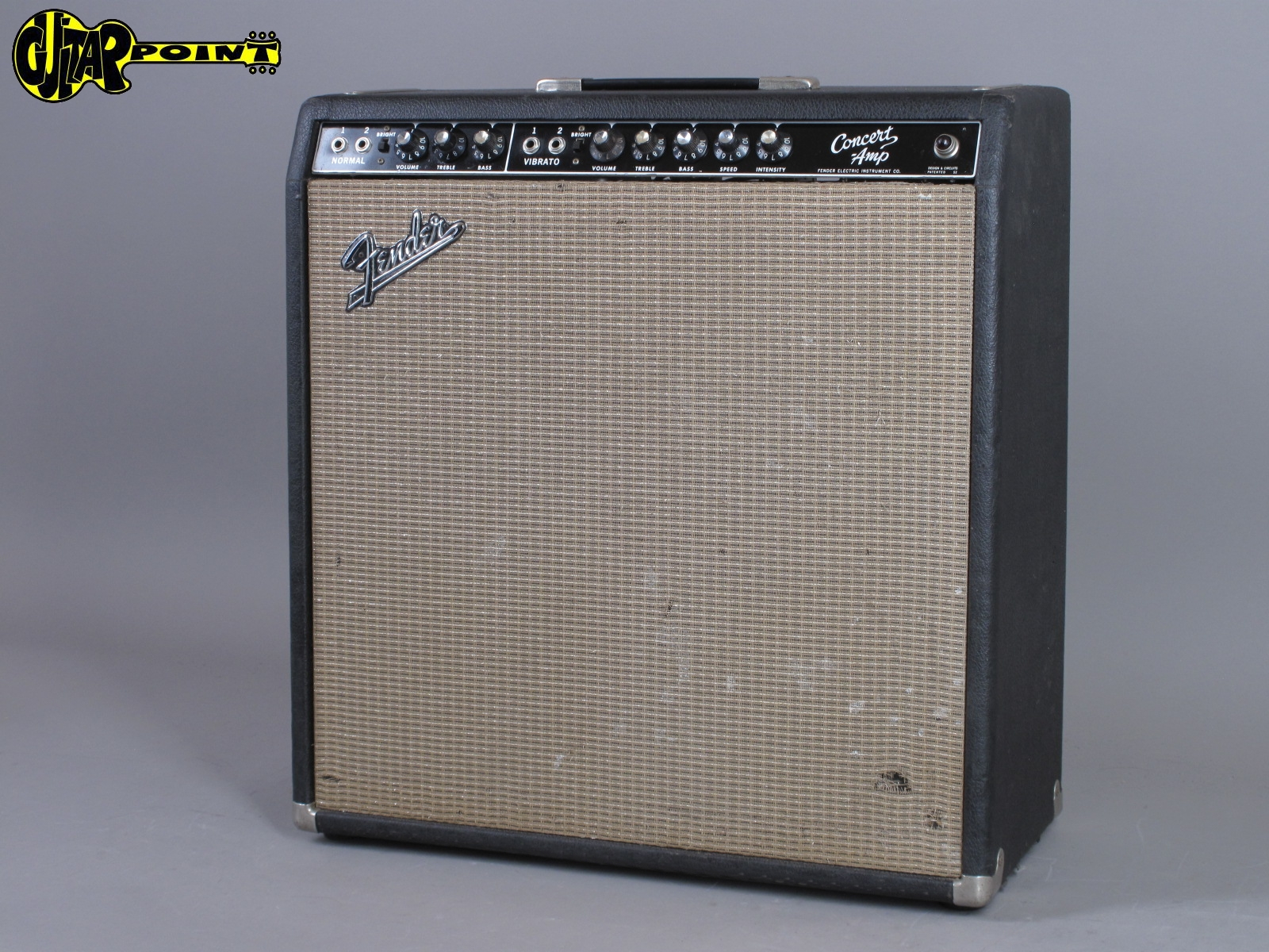 https://guitarpoint.de/app/uploads/products/1963-fender-concert-4x10-tube-amp-blackface/Fender63ConcertA00285x_2.jpg