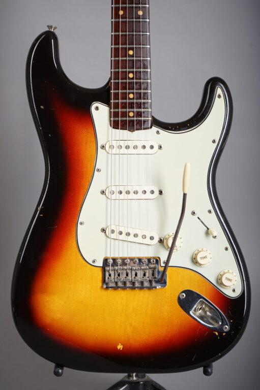 1963 Fender Stratocaster - Sunburst