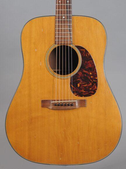 https://guitarpoint.de/app/uploads/products/1963-martin-d-18-natural/1963-Martin-D-18-Natural-188351_2-432x576.jpg