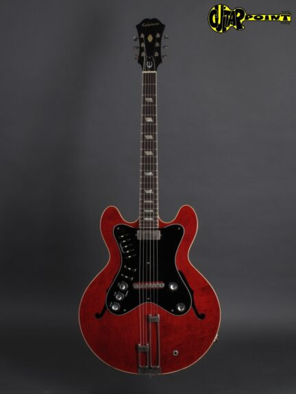 https://guitarpoint.de/app/uploads/products/1964-epiphone-professional-cherry-professional-amplifier/Epiphone64Prof1777792_1-432x576.jpg