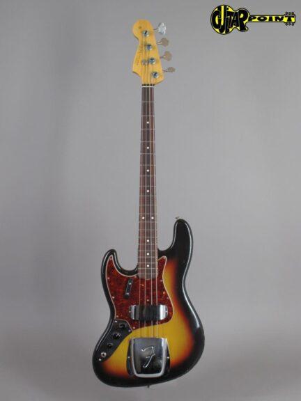 https://guitarpoint.de/app/uploads/products/1964-fender-jazz-bass-3-tone-sunburst-lefty/Fender64JazzBass3tSBlefty_L41425_1-432x576.jpg