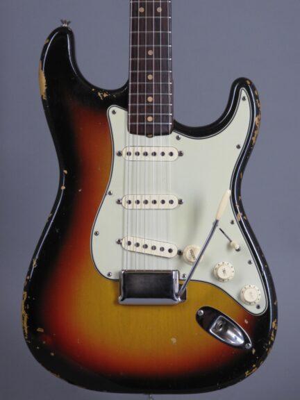 1964 Fender Stratocaster 3-tone Sunburst