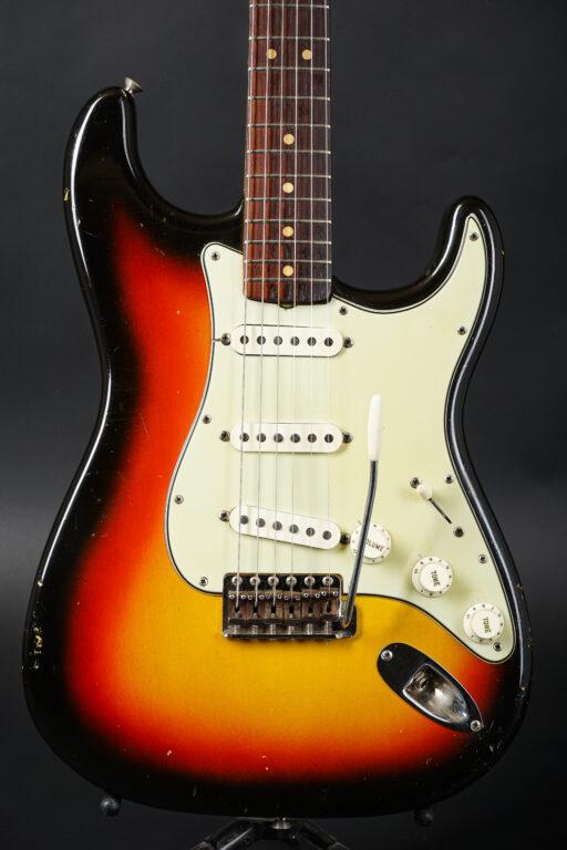 1964 Fender Stratocaster - Sunburst