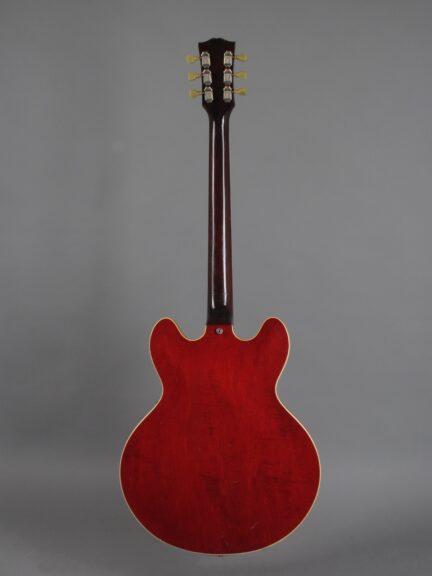 https://guitarpoint.de/app/uploads/products/1964-gibson-es-335-td-cherry-2/1964-Gibson-ES-335-TDC-Cherry-67719-3-432x576.jpg