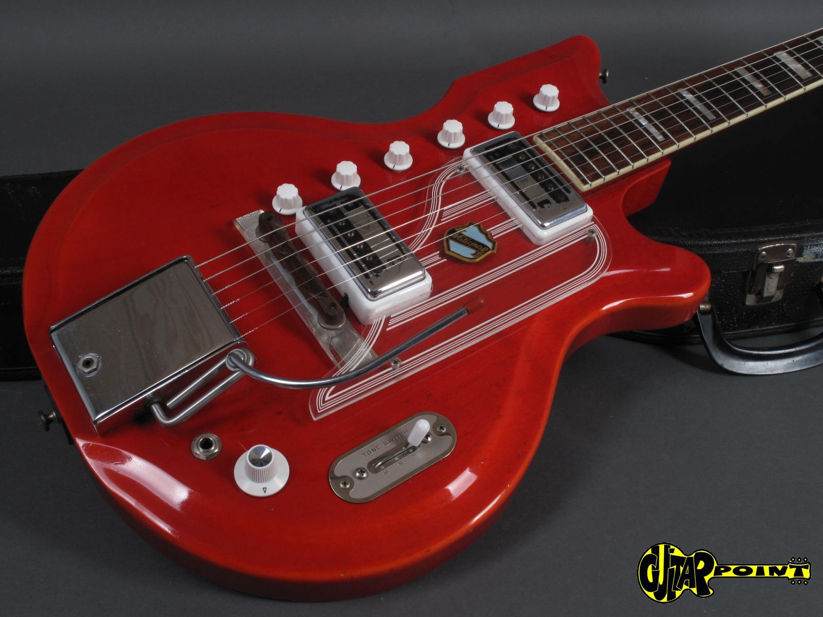 https://guitarpoint.de/app/uploads/products/1964-national-westwood-77-red-made-in-usa/National64Westwood77Red_18.jpg