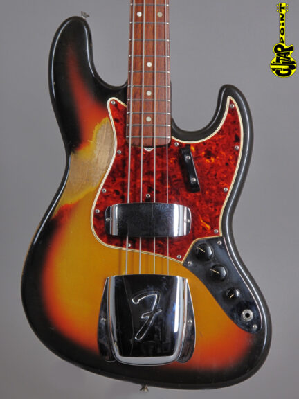 1965 Fender Jazz Bass - 3-tone Sunburst