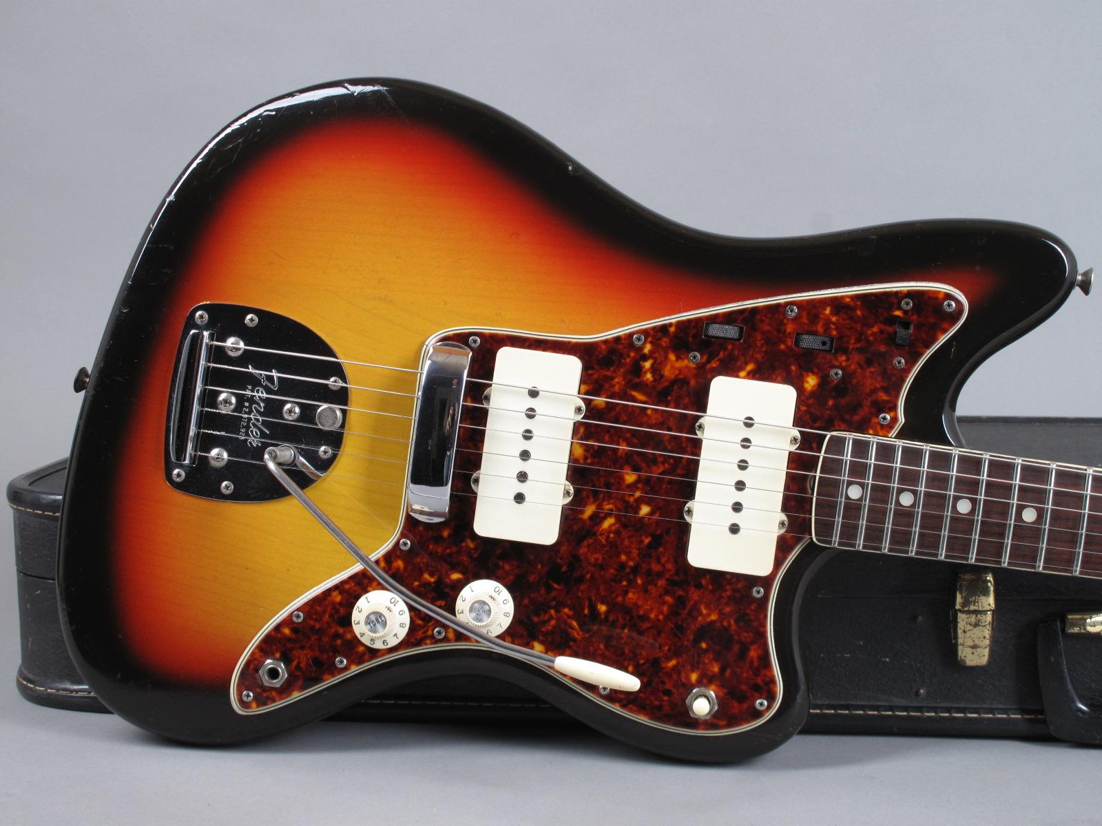 https://guitarpoint.de/app/uploads/products/1965-fender-jazzmaster-sunburst/1965-Fender-Jazzmaster-Sunburst-116126-9.jpg