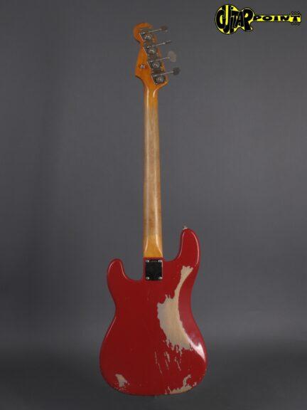 https://guitarpoint.de/app/uploads/products/1965-fender-precision-bass-dakota-red-rare/Fender65PreciDakoRedL95058_3-432x576.jpg