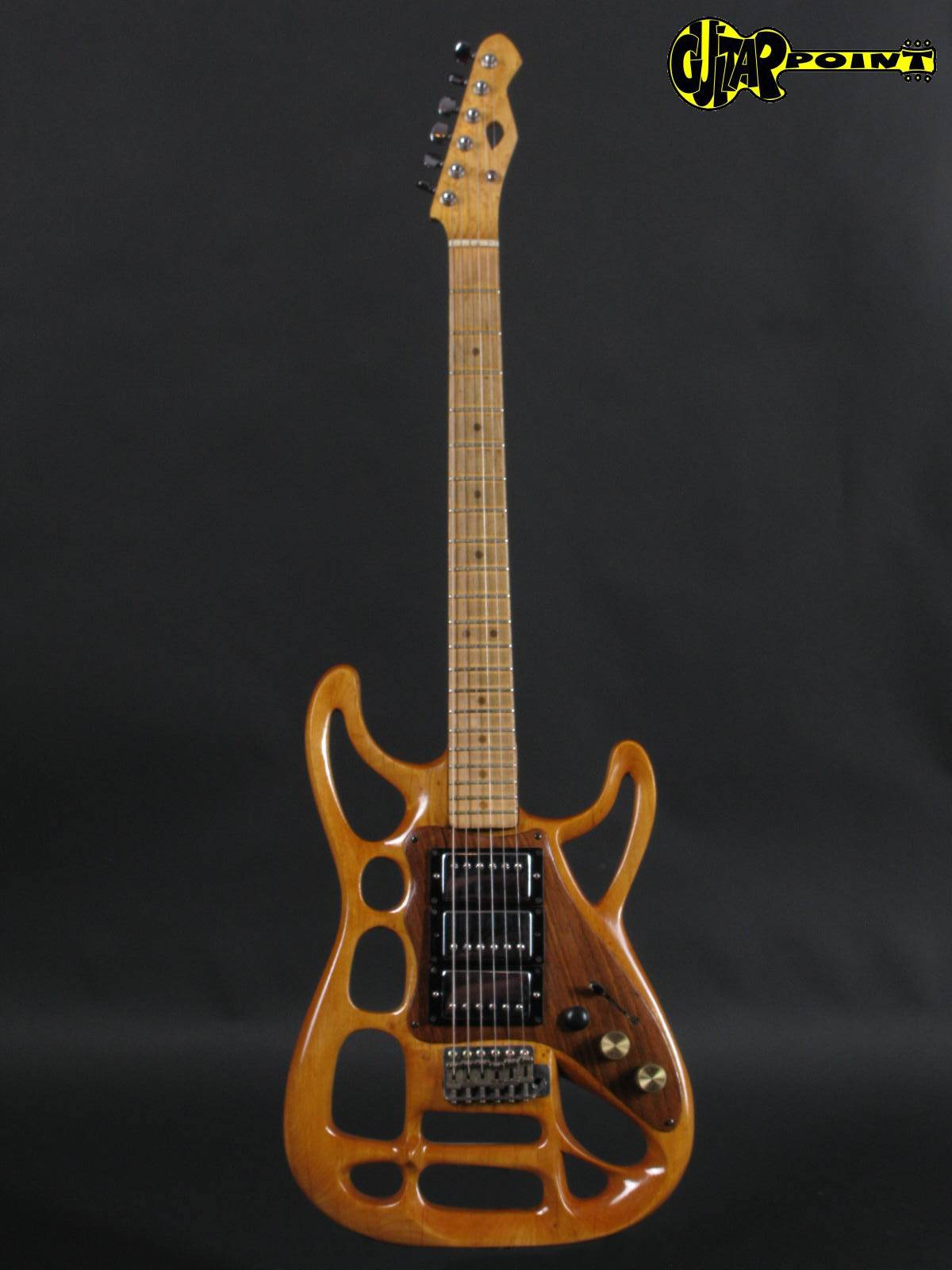 https://guitarpoint.de/app/uploads/products/1965-fender-stratocaster-modified/Fender65Strat_Hollow_1.jpg