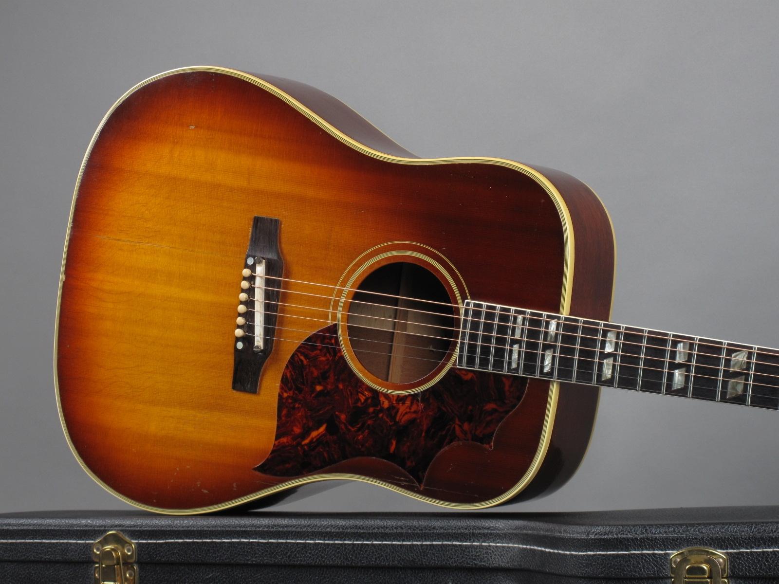 https://guitarpoint.de/app/uploads/products/1965-gibson-southern-jumbo-sunburst/1965-Gibson-SJ-Sunburst-317762-19.jpg