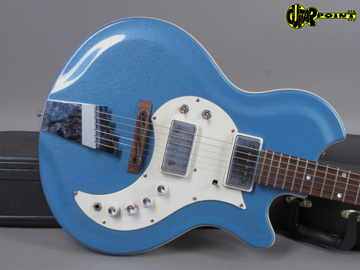 https://guitarpoint.de/app/uploads/products/1965-supro-tremo-lectric-wedgewood-blue/Vi65SupTreBlG39029_15-1200x900.jpg
