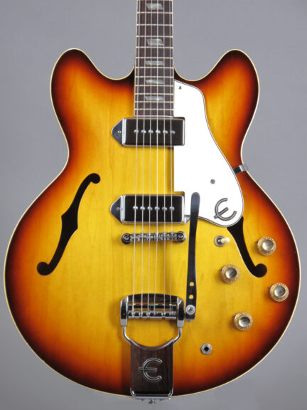 https://guitarpoint.de/app/uploads/products/1966-epiphone-casino-e230td-sunburst/1967-Epiphone-Casino-E230TD-857101-2-432x576.jpg