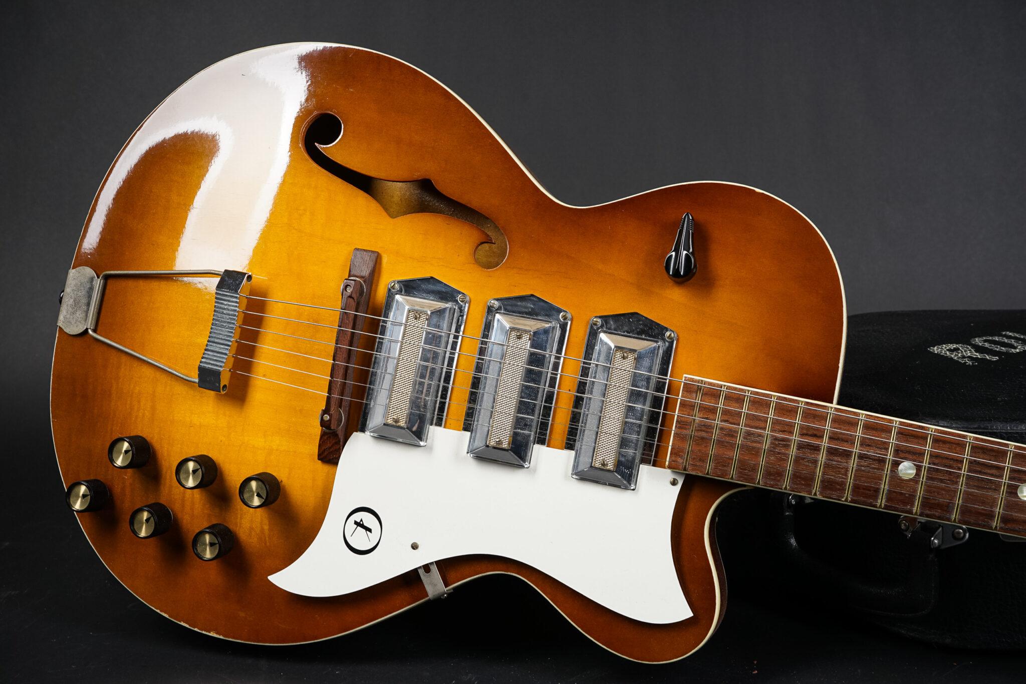 https://guitarpoint.de/app/uploads/products/1966-kay-swingmaster-sunburst/1966-kay-swingerclub-1-2048x1366.jpg