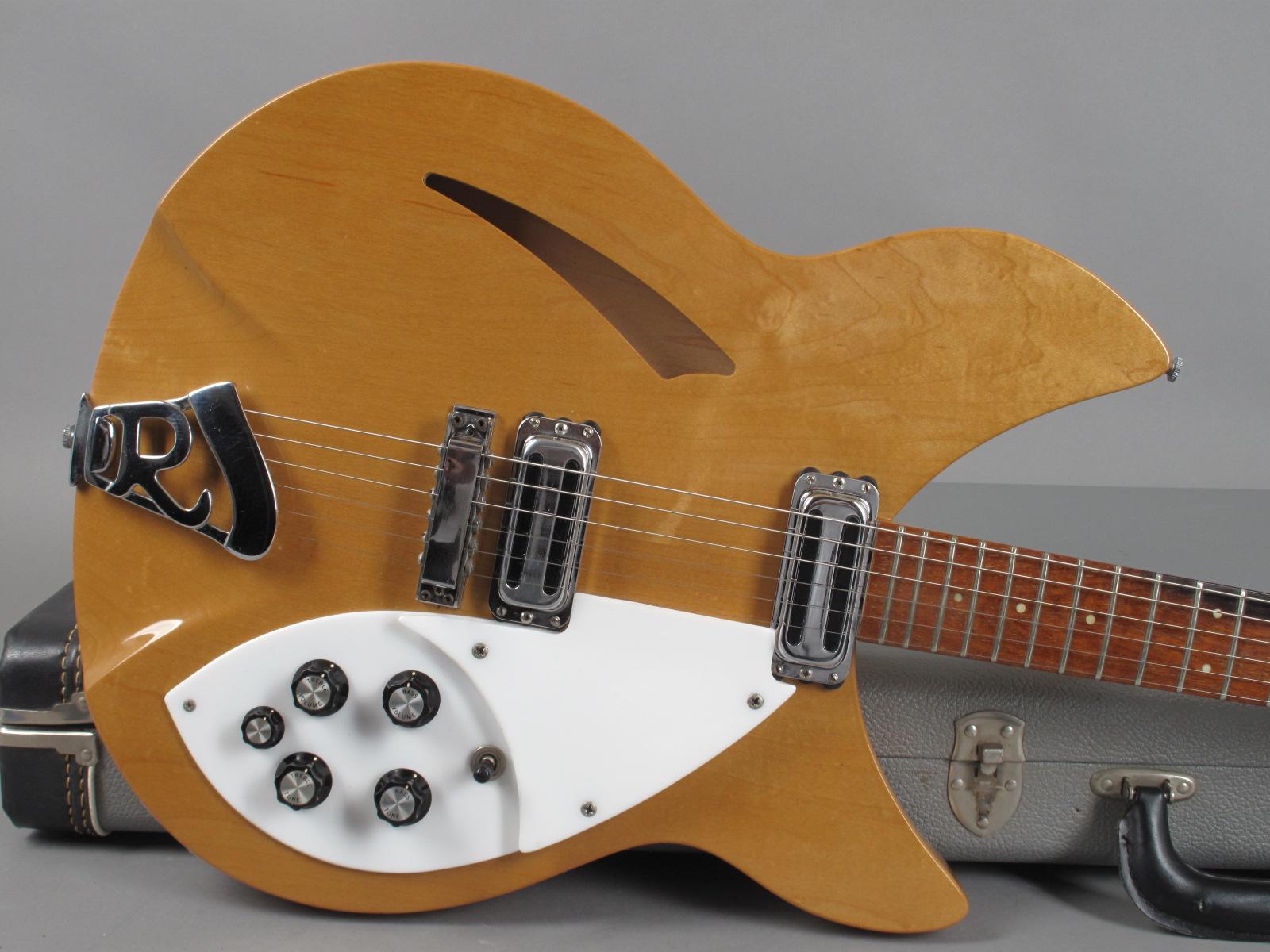 https://guitarpoint.de/app/uploads/products/1966-rickenbacker-330-mapleglo/1966-Rickenbacker-360-MG-FI3133-10.jpg