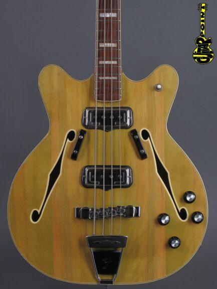 https://guitarpoint.de/app/uploads/products/1967-fender-coronado-ii-wildwood-bass/Fender67CoroWiWoBass203914_2-433x576.jpg