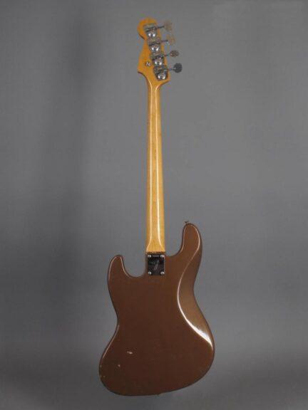 https://guitarpoint.de/app/uploads/products/1967-fender-jazz-bass-fire-mist-gold-refin-2/1967-Fender-Jazz-Bass-Shoreline-Gold-216555_3-432x576.jpg