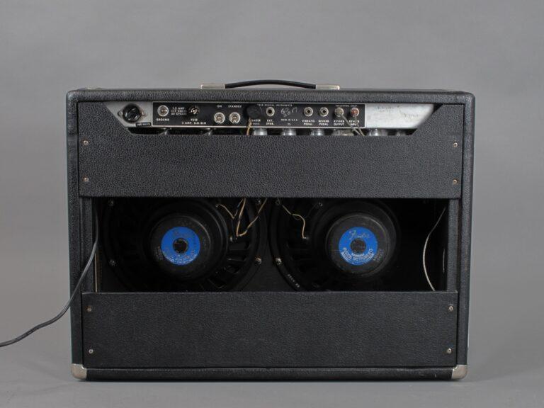 https://guitarpoint.de/app/uploads/products/1967-fender-pro-reverb-blackface-2x12-3/1967-Fender-Pro-Reverb-A09613_6-768x576.jpg