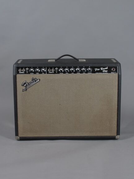 https://guitarpoint.de/app/uploads/products/1967-fender-pro-reverb-blackface-2x12-4/1967-Fender-Pro-Reverb-A06673_1-432x576.jpg
