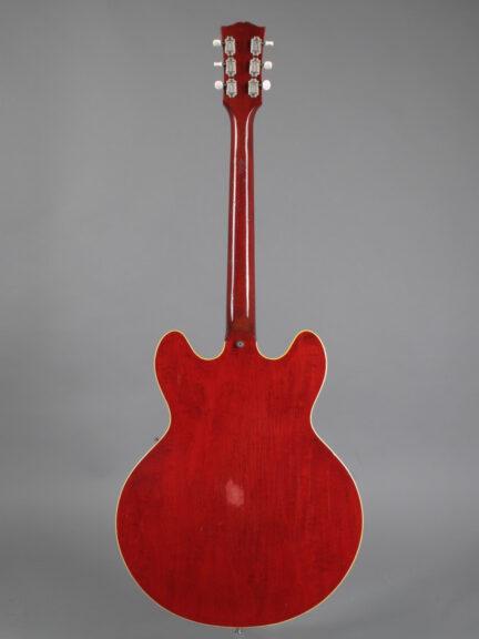 https://guitarpoint.de/app/uploads/products/1967-gibson-es-330td-cherry-2/1967-Gibson-ES-330TDC-879188-6-432x576.jpg